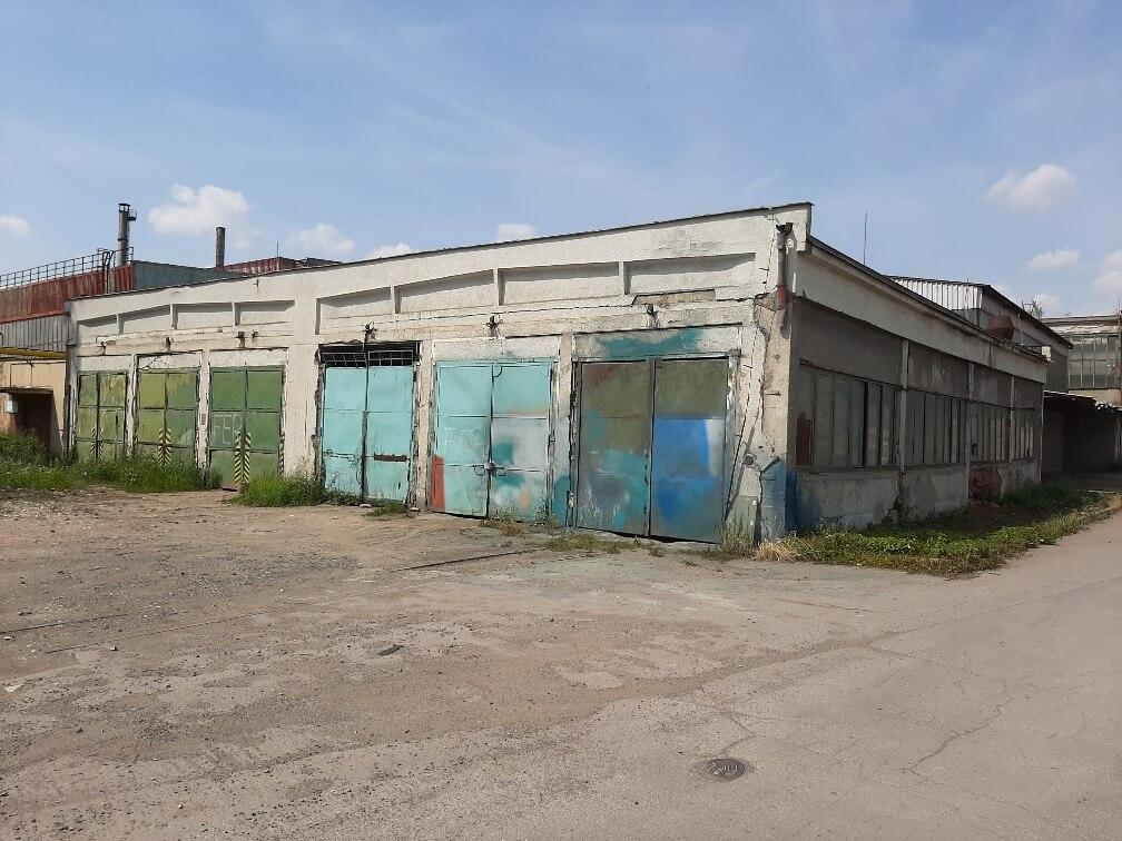 Prostory pro drobnou výrobu/parkování